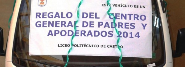 CENTRO DE PADRES ENTREGA CAMIONETA AL LICEO POLITÉCNICO